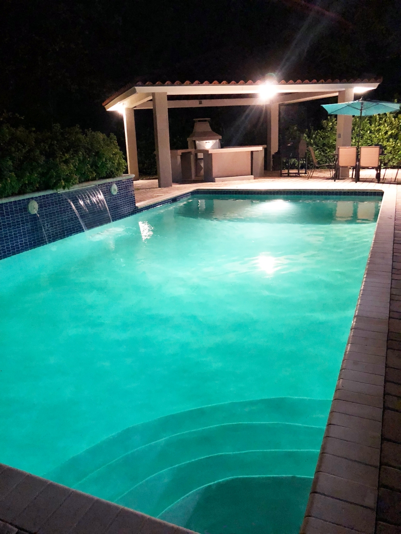 Villa Mare Pool at Night